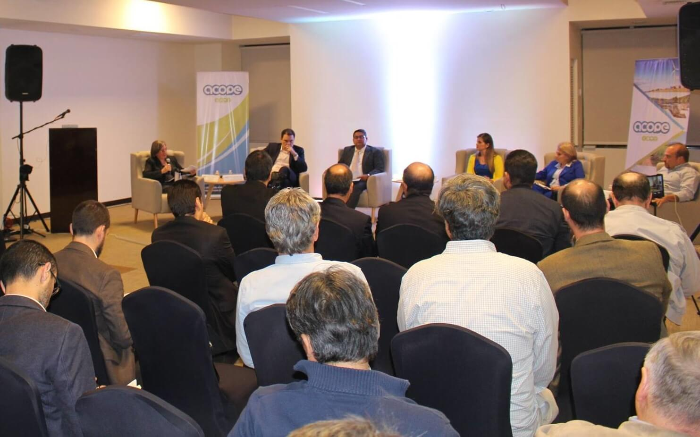 Candidatos hablan sobre energía privada